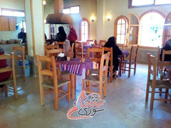 بالصور: مطعم يقدم مأكولات الريف الساحلي بنكهة الجدة في اللاذقية