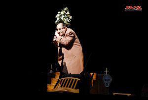 مرثية الممثل الأوحد كلخاس.. عرض مونودرامي ضمن مهرجان حمص المسرحي