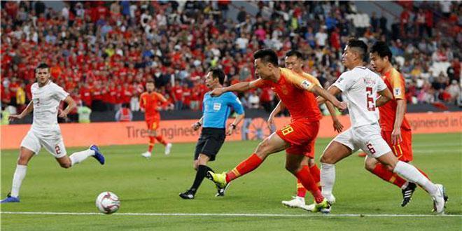 الصين تتأهل للدور الثاني في نهائيات آسيا لكرة القدم
