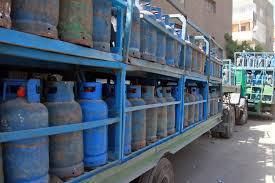 وزارة النفط : رفع انتاج اسطوانات الغاز المنزلي الى 130 ألف اسطوانة غاز يومياً