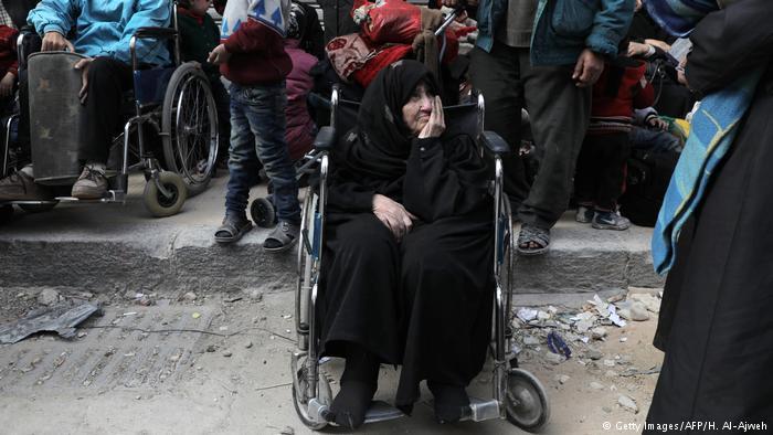 Syrienkonflikt | Menschen mit Behinderung (Getty Images/AFP/H. Al-Ajweh)
