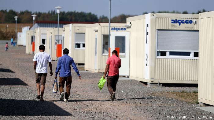 Zentrale Aufnahmestelle für Asylbewerber in Halberstadt (picture-alliance/dpa/J. Woitas)