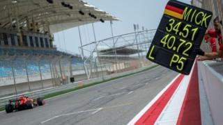 ابن مايكل شوماخر يسجل ثاني أفضل زمن في فورمولا1 بالبحرين