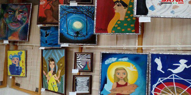 معرض محاكاة… لوحات تحاكي أعمالا عالمية لأربعين طالبا