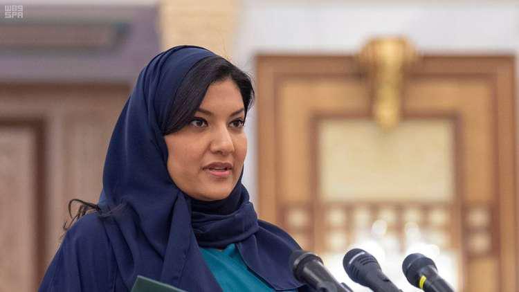 سفيرة السعودية في واشنطن تغرد بعد أدائها القسم أمام الملك سلمان