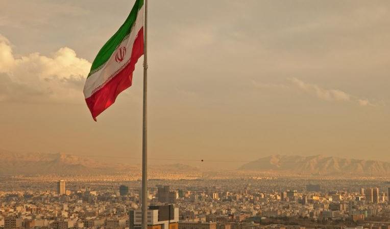 لهذا السبب استدعت طهران القائم بأعمال السفارة الإماراتية