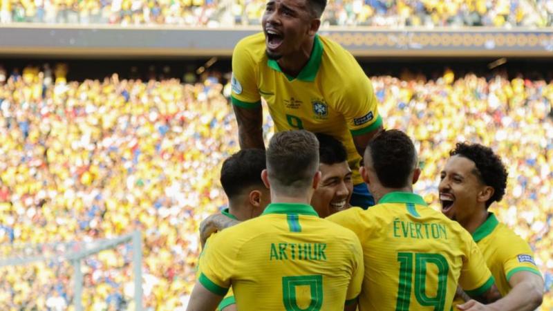 حسم منتخب البرازيل صدارة مجموعته (أ ف ب)