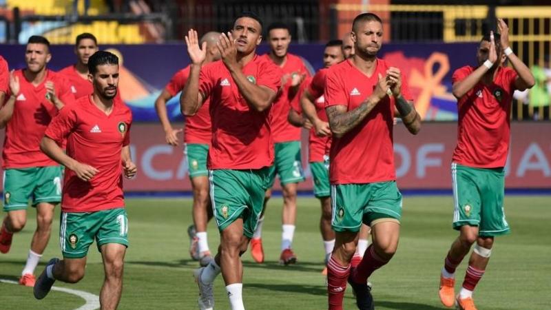 قدّم المنتخبان المغربي والجزائري أداء رائعاً في المباراتين الأوليين (أ ف ب)