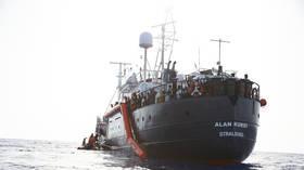 مالطا توافق على استقبال سفينة الإغاثة
