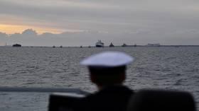 لندن: البحرية الملكية سترافق السفن التي تحمل علم بريطانيا عبر مضيق هرمز