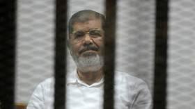 مصر.. تطورات في قضية شهدت إحدى جلساتها وفاة محمد مرسي