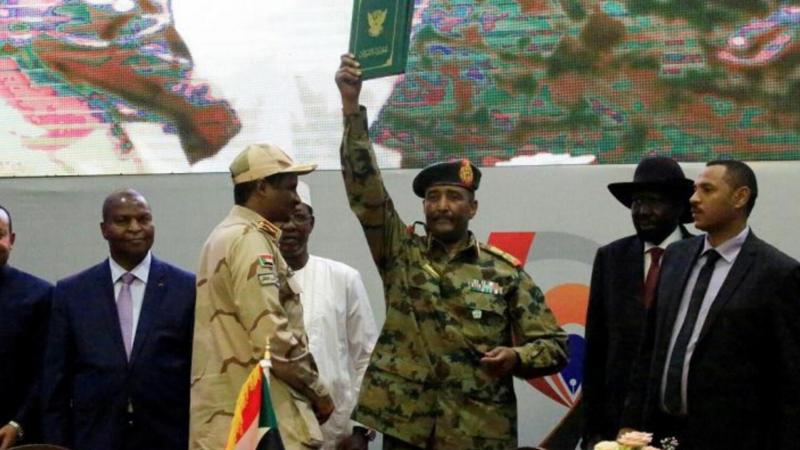 """السودان يتجاوز مرحلة """"المجلس العسكري"""" ويدخل مرحلة """"المجلس السيادي"""""""