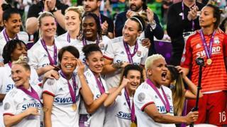 فريق ليون لكرة القدم النسائية