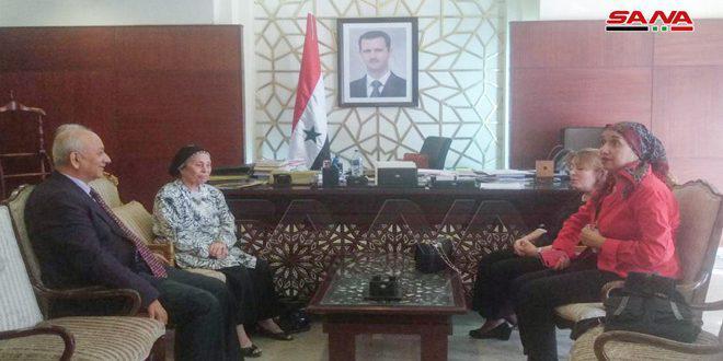اتحاد المرأة الفلسطينية في القاهرة يؤكد تضامنه مع سورية ضد الإرهاب