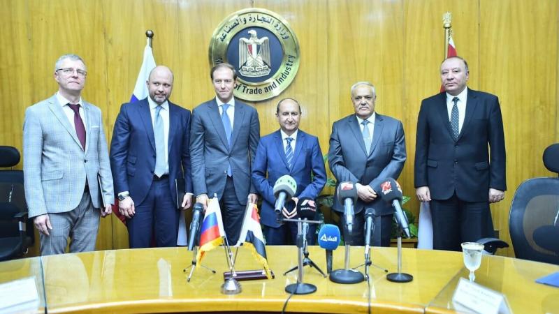 روسيا تعزز علاقاتها الاقتصادية مع مصر باتفاقات جديدة