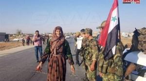 """سوريون يحتفلون بالتوافق بين الحكومة و""""قسد"""" في """"تل تمر"""".. والجيش دخل """"الطبقة"""".. عناوين الصباح"""