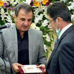 بتكليف من الرئيس الأسد.. محافظ اللاذقية يقدم واجب العزاء باللواء غريب