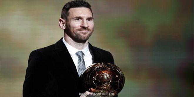 ميسي يفوز بجائزة الكرة الذهبية للمرة السادسة في تاريخه