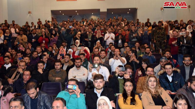 مهرجان أدبي مركزي لاتحاد طلبة سورية في جامعة حماة