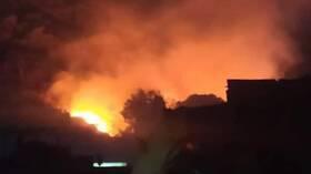 إخماد حريق في منطقة الربوة بدمشق - صور