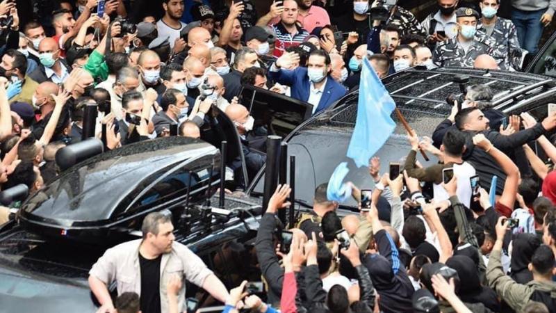 بالصور: موكب الحريري يخرق الإجراءات الحكومية في زمن كورونا