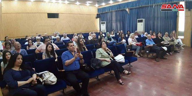 قصائد وطنية وغزلية ضمن مهرجان شعري لملتقى القرداحة الثقافي في ثقافي حمص