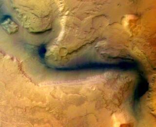 """مسبار """"الأمل"""" والطموح يدفعان الإمارات إلى كوكب المريخ"""
