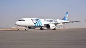 مصر.. وصول أول رحلة سياحية إلى مطار