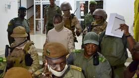 وسطاء غرب إفريقيا: العقوبات ضرورية لعلاج
