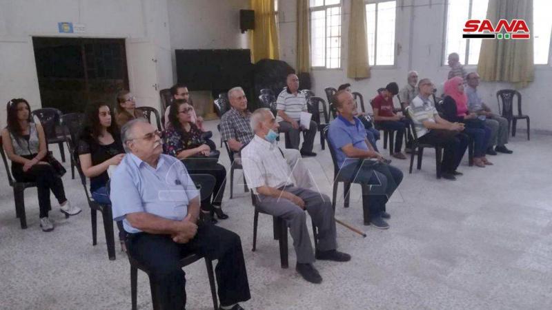 مواضيع اجتماعية ووطنية بأمسية قصصية في ثقافي الزهراء بحمص