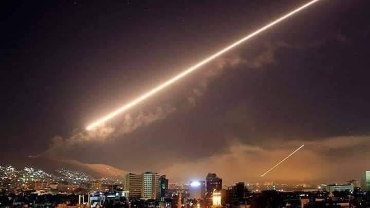 استشهاد 3 عسكريين في عدوان إسرائيلي على المنطقة الجنوبية  ووسائط الدفاع الجوي تسقط عدداً من الصواريخ