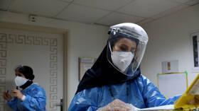 الصحة الإيرانية تسجل 77 حالة وفاة و8017 إصابة جديدة بكورونا خلال 24 ساعة