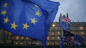 بريطانيا تمنح الاتحاد الأوروبي شهرين إضافيين للموافقة على صفقة التجارة