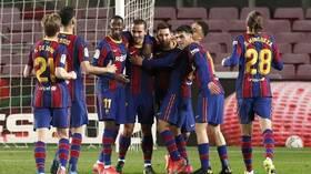 بعد مأدبة الغداء التي أقامها ميسي.. عقوبة منتظرة على لاعبي برشلونة (فيديو)