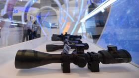 تصميم منظار بندقية ذي قدرة فائقة للتكبير في روسيا