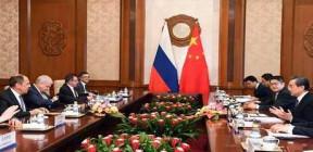 موسكو وبكين ستتصديان لجميع محاولات تعديل الاتفاق النووي الإيراني