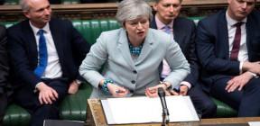 (ذا صن): موافقة مجلس العموم البريطاني على (بريكست) مشروطة برحيل ماي