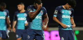 بورتو المتصدر يتلقى هزيمة مفاجئة في عودة الدوري البرتغالي