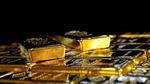 سعر أونصة الفضة يهوي بأكثر من 8% والذهب ينخفض بنحو 3%