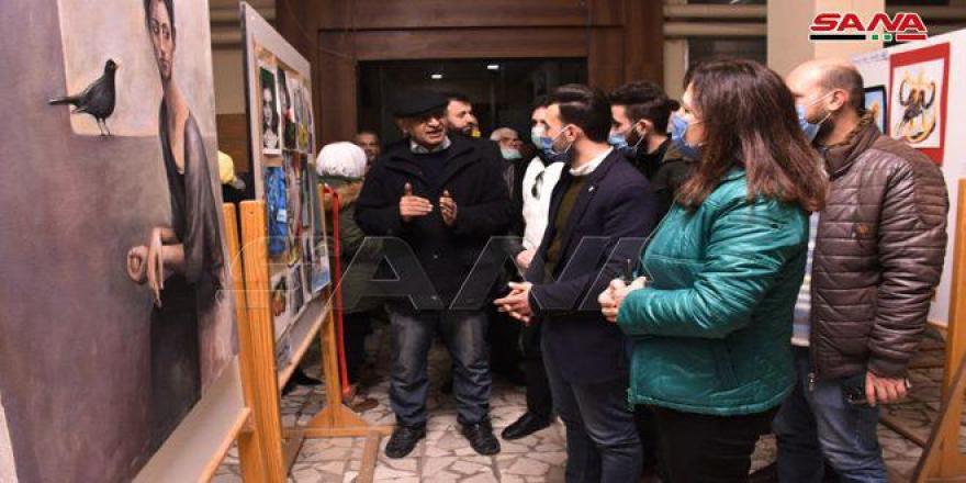 الفن علاج.. معرض فني لطلاب جامعة حلب
