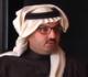 أمير سعودي يمنح مواطنا منزلا ويعده بإيجاد زوجة له (فيديو)