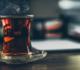 إضافة صحية وشائعة للشاي قد تقلل خطر الإصابة بالسرطان وتطيل العمر!
