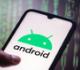 """5 تطبيقات شائعة على """"أندرويد"""" ينبغي حذفها على الفور"""